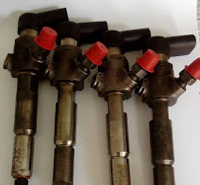 Lot de quatre injecteurs SIEMENS pour Ford Mondeo/CMAX/TRANSIT